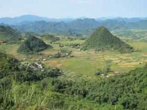Vùng núi cao Hòa Bình