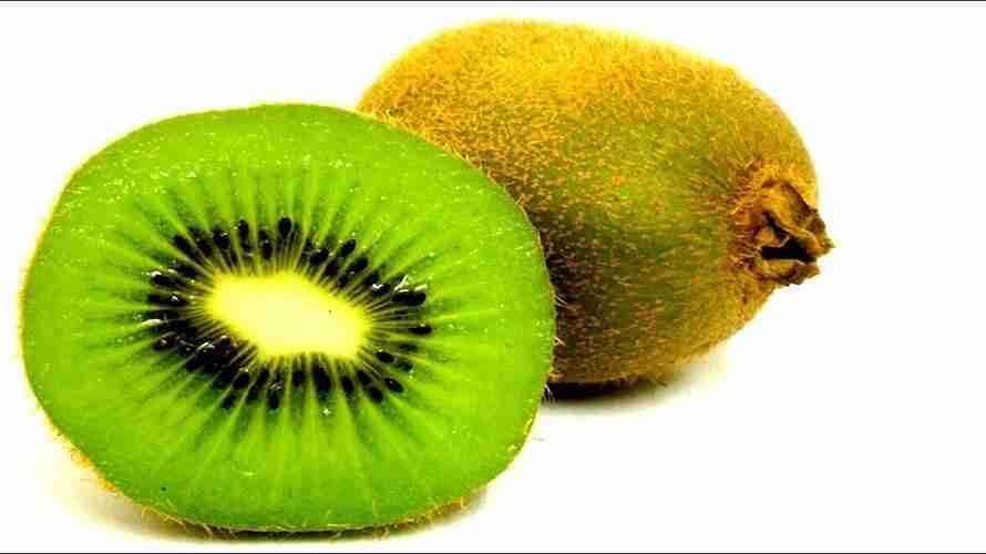 Ai không nên ăn kiwi