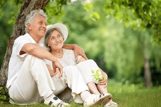 đánh giá một người khỏe mạnh có tâm thái và gương mặt vui vẻ