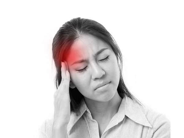 Nhức đầu dữ dội - một trong các dấu hiệu cảnh báo thiên đầu thống