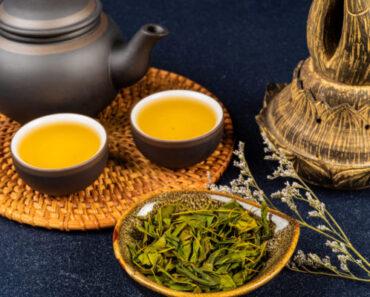 Trà đàn hương