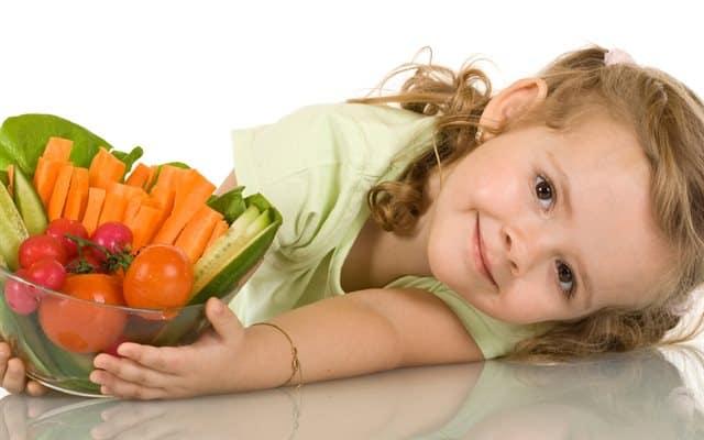 Dùng rau quả tươi giúp tăng cường khả năng chống oxy hóa